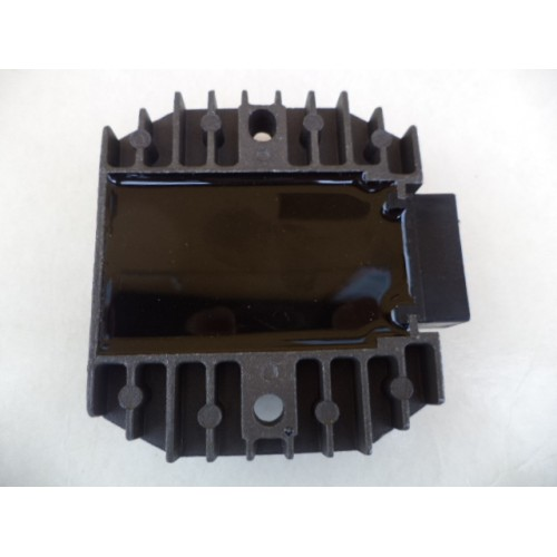 REGULATOR NAPIĘCIA HONDA CBR 600 91-98 F1 F2 F3